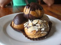 Profiteroles_-_Chimmys_Bakery,_Richmond